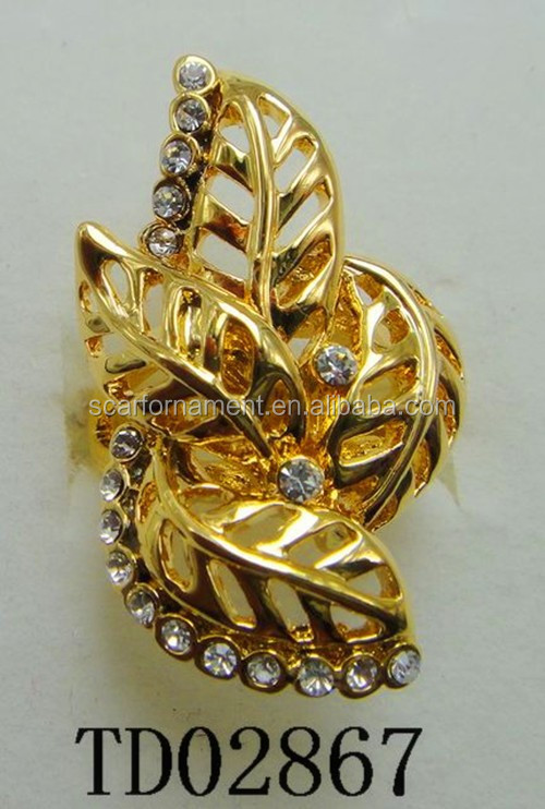 Hot Selling Leaf Shape Jewelry Ring 14K Gold Leaves Alloy Cluster Rings With Crystal Inlaid Metal Rings For Lady