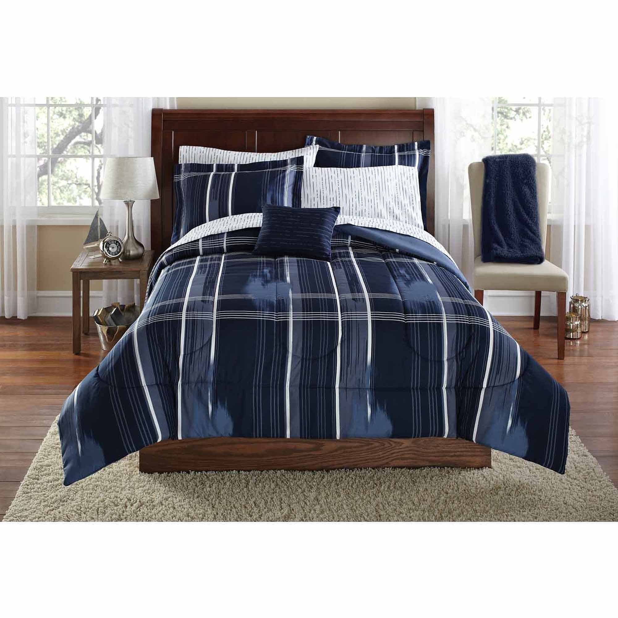 Mainstays Teen Modern Geometric Plaid Navy Blue Reversible Bedding Twin/Twin XL Comforter for Boys (6 Piece in a Bag)