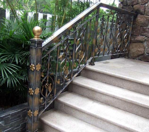 Top venta moderno hierro forjado escaleras pasamanos para for Escaleras de metal exteriores