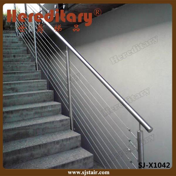 Barandas de escaleras y pasamanos posici n y material de for Tensor cable acero