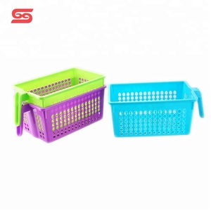 Good quality portable plastic classroom storage baskets with handle
