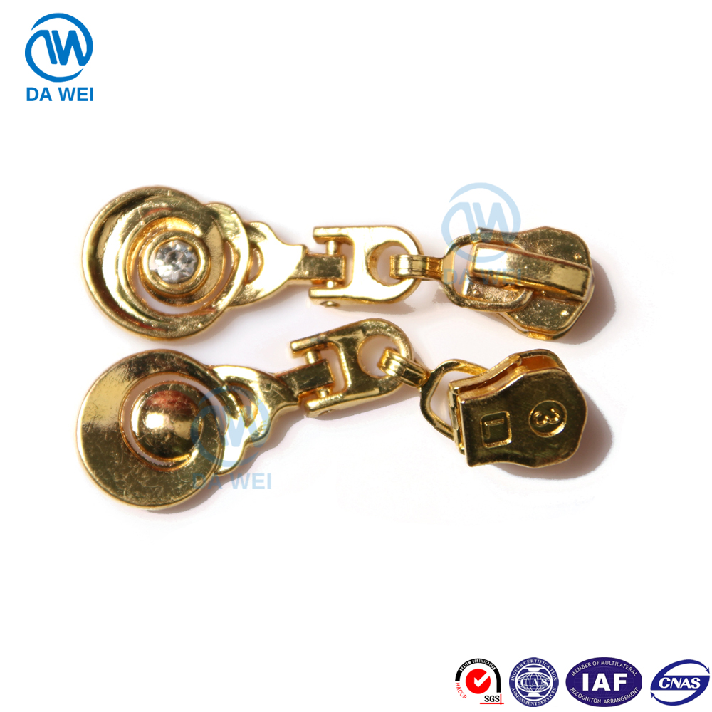 DW brand yiwu factory wholesae custom No.3 shining gold diamond decorative fancy zinc pulls metal zipper slider