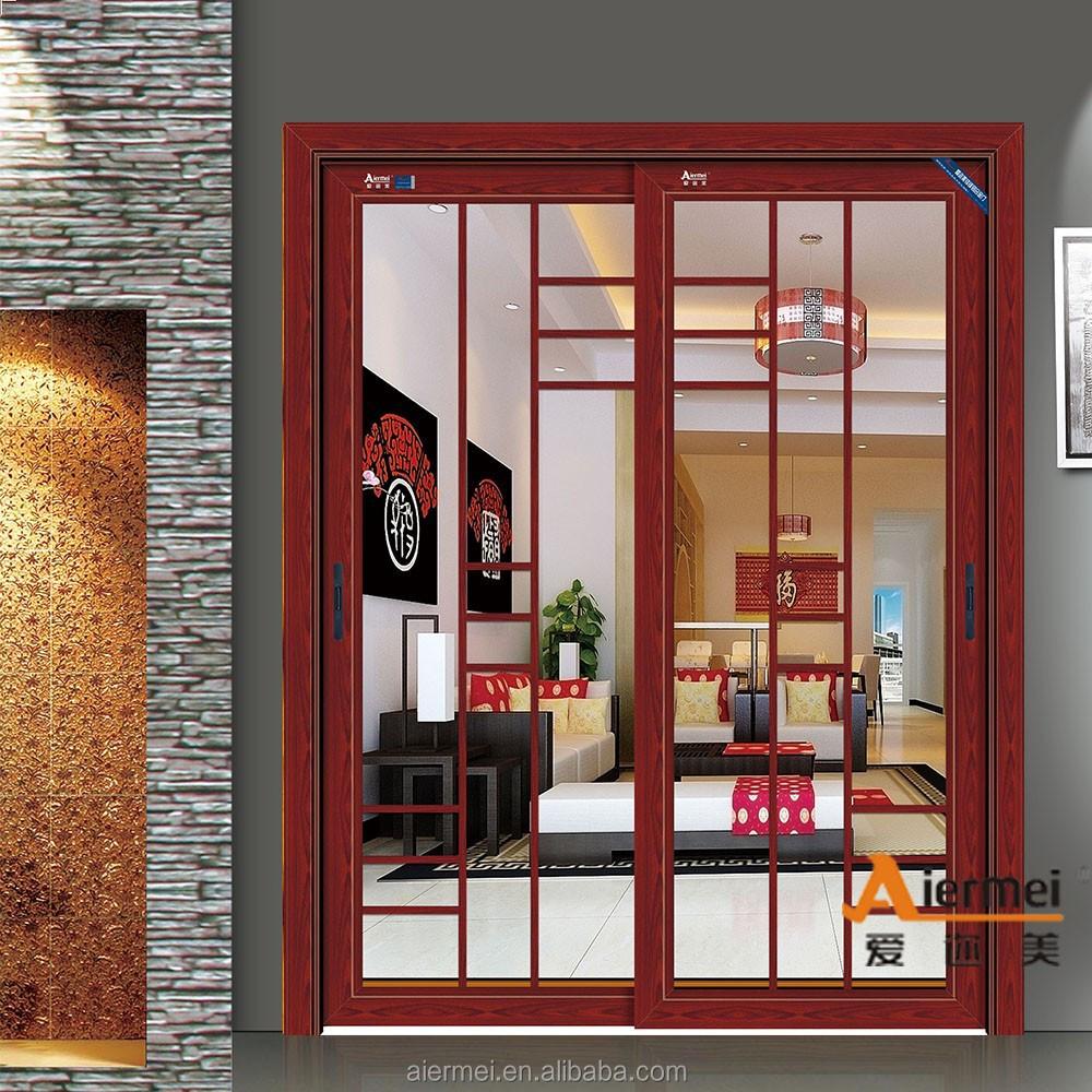 modern interieur deur van de slaapkamer of goedkope deur van de ...