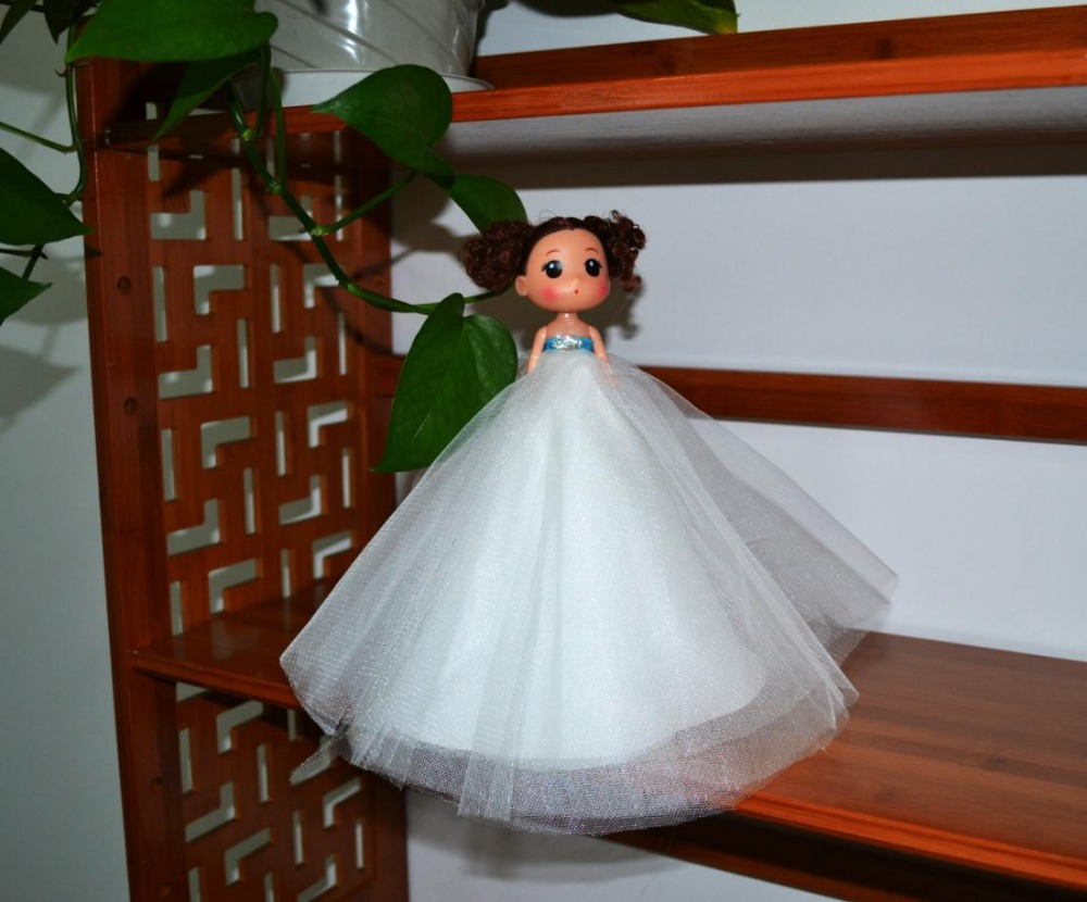2016 wholesale lovely kids toy maker personalized wedding bride car decoration dolls