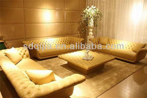 Cl ssico italiano de luxo em estilo chesterfield sof de for Sofa estilo romantico