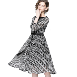 Wholesale S to XXL Women Fashion Casual Dress 3/4 Sleeve Color Block Snow White A Line Lace Dress