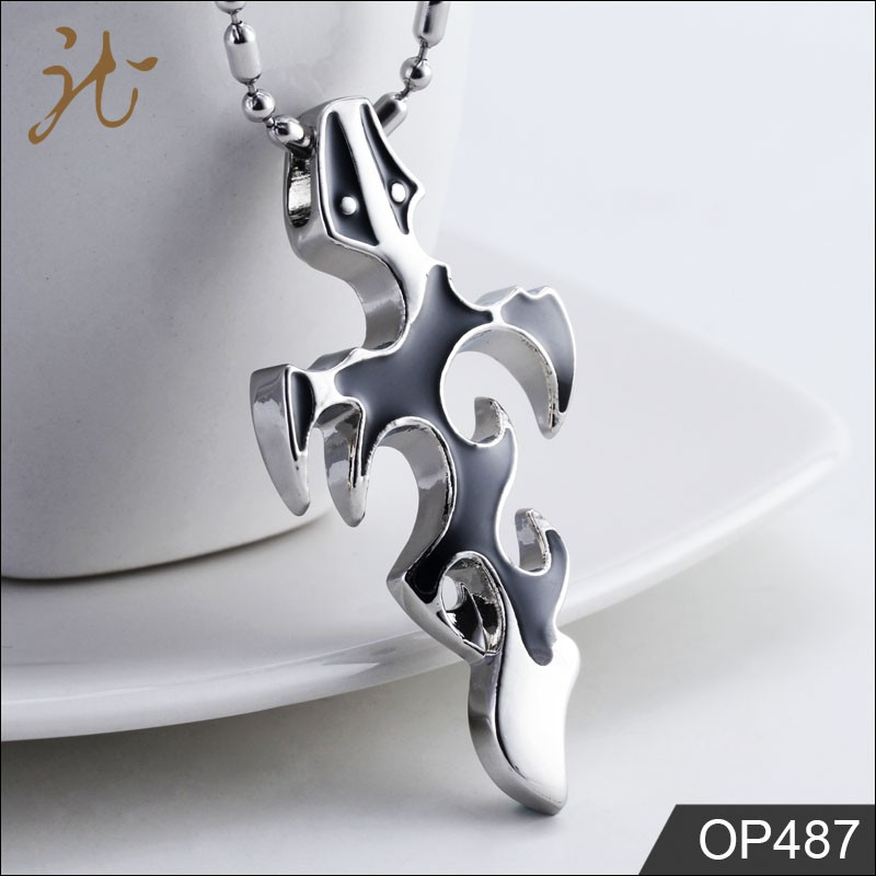 High Quality Epoxy Stainless Steel Cross Fire Shape Pendant for Men