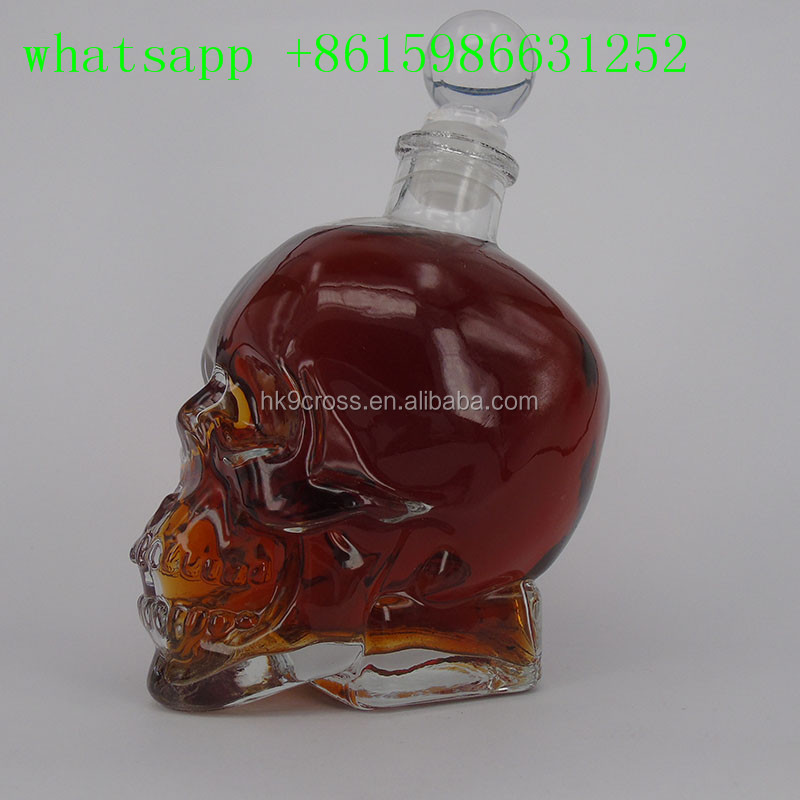 wholesale 350ml 750ml skull shaped glass wine bottles with stoppers