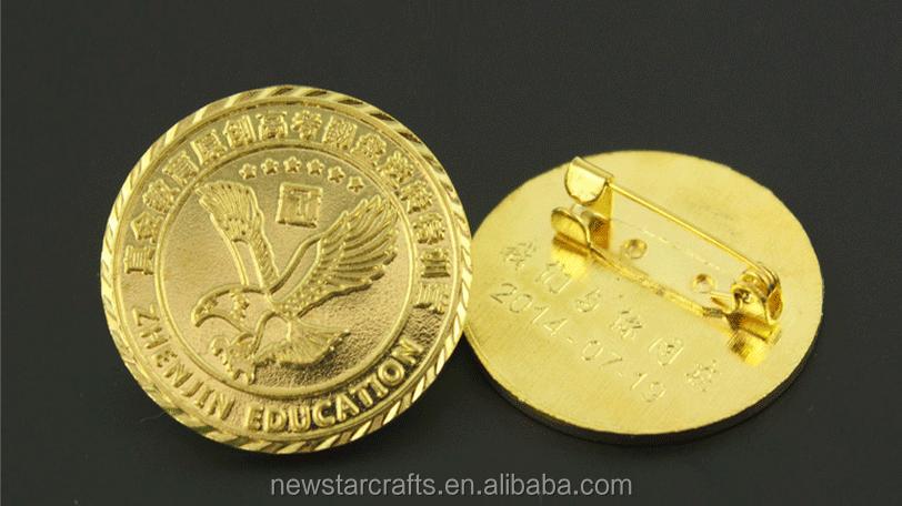 Pin Badge Uk Custom Glow In The Dark Enamel Pins - Buy Glow