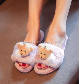 4aaf40ebbec Men and women lovers slides autumn and winter Warm soft plush bear paw  slipper bear palm