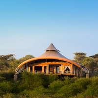 Luxury Lodge Hotel Tent For 2-4 People Eco Living Resort