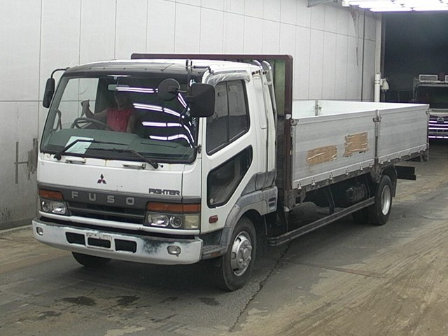 Mitsubishi Fuso Fighter Truck / 8 Ton / 6d17 Engine