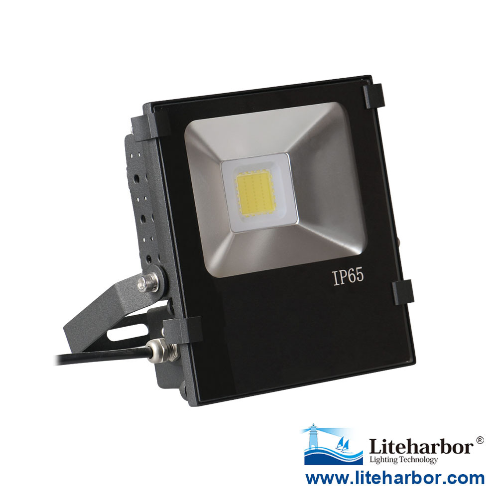 Die Casting Aluminum Scale-Type Heat Sink Outdoor Waterproof IP65 LED Flood Lights 30W