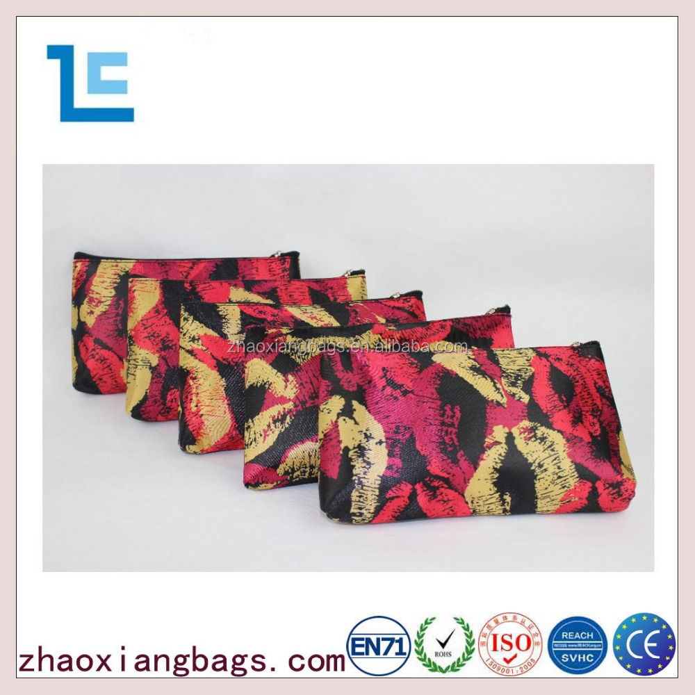 Zhaoxiang promotional lip pattern traveling custom cosmetic bag