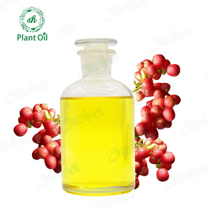 Bulk sale pharmaceutical grade schisandra essential oil in herb extract for health care