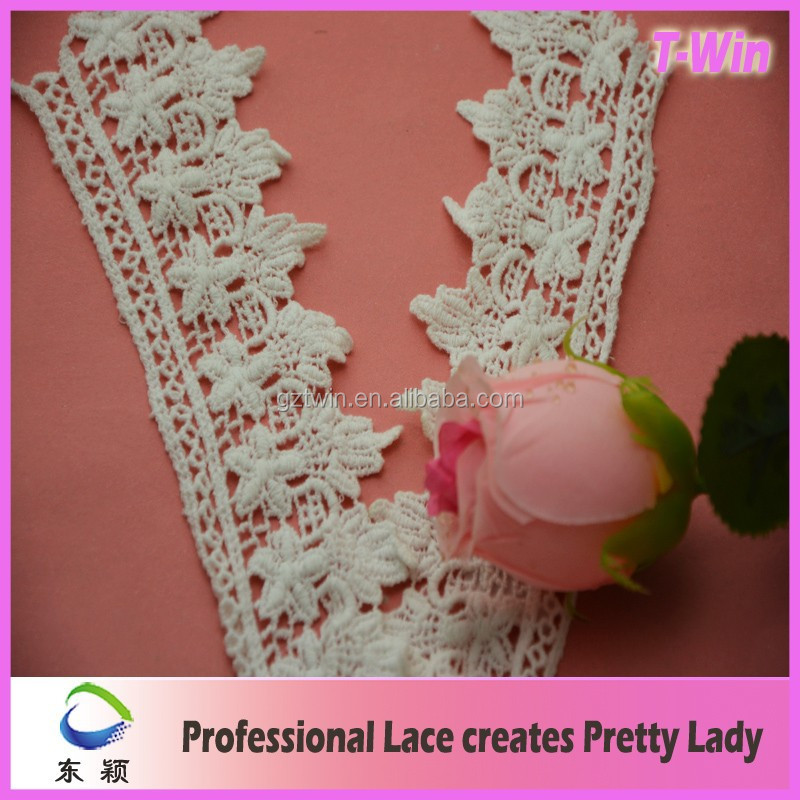 TW1047 White No Elastic Lace Trimming Bridal Wedding Garters