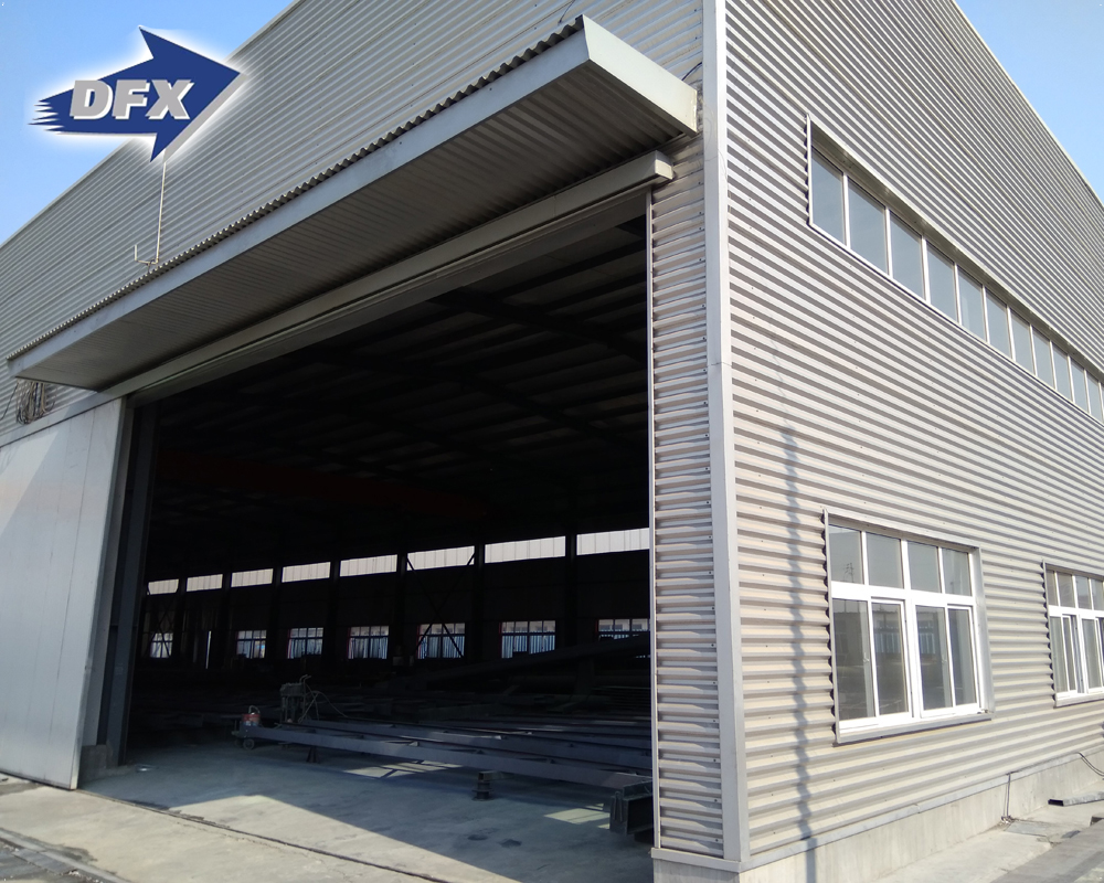 China Large Span Q235B/Q355B Prefab Steel Structure Fabricated Logistic Warehouse Large Supermarket
