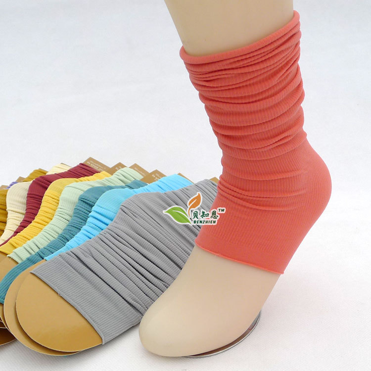 giant pile of socks - photo #30