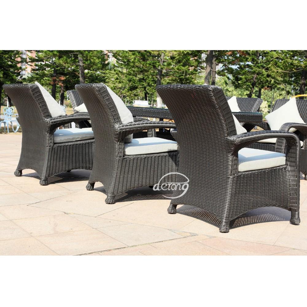 Vimini mobili in rattan set mobili da giardino in rattan for Mobili da esposizione in vendita