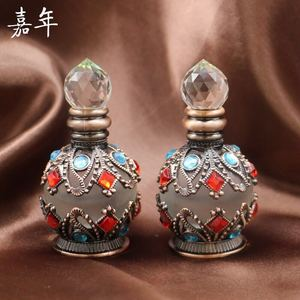 Hot Sale Dubai Style Arabic Glass Essential Oil Bottle Perfume Bottle in china