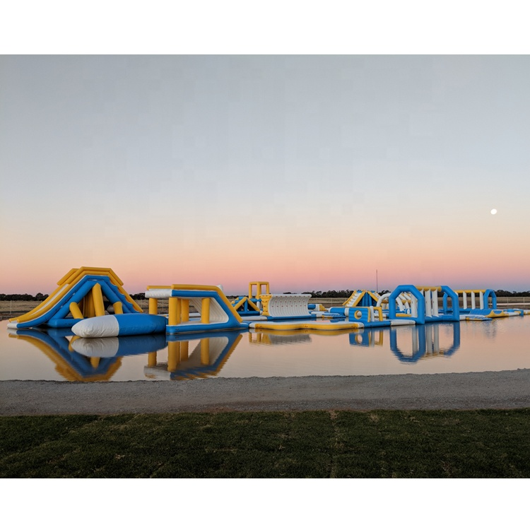 Australia New Inflatable Floating Waterpark Equipment / Inflatable Floating Obstacle / Outdoor Water Sports Park