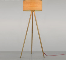 E27 holder tripodic wooden LED floor lamp for hotel project