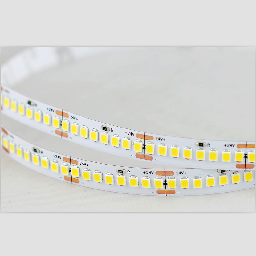 2017 NEW hot sell high efficency 130lm/led DC24V SMD2835 192LED/M RA>80 led tape strip light with LM80 test report for store