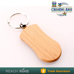 wooden surfboard keychain for souvenir