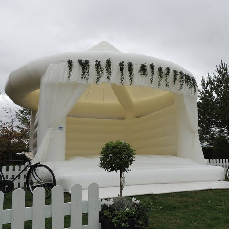 Commercial white Inflatable wedding bouncer bounce house for sale