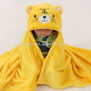 2018 Wholesale Popular Cartoon Cute Animal Shaped Wearable Coral Fleece baby swaddle Blanket