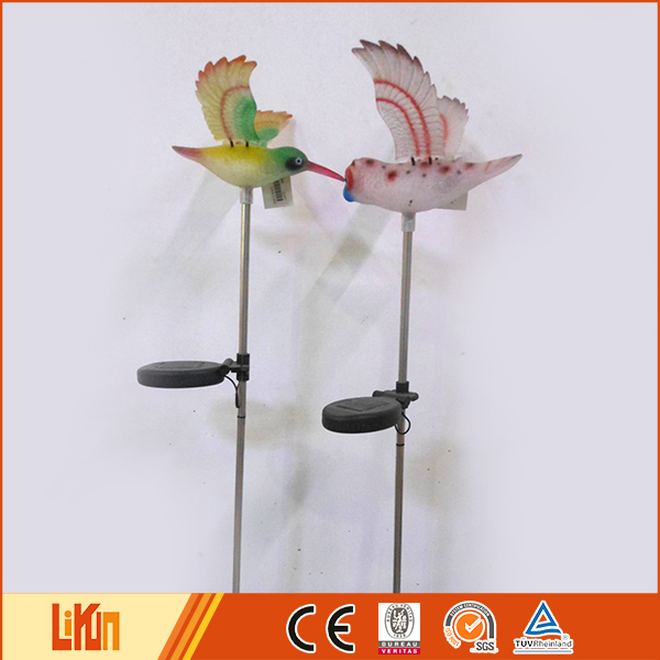 Delicate design colorful humming garden decorative small plastic birds with solar