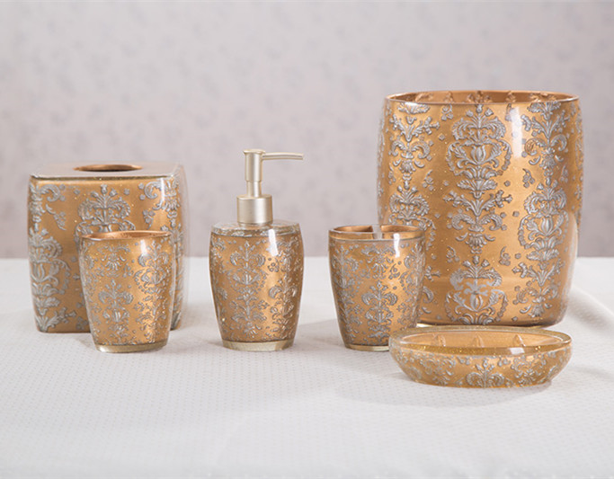 Gold foil shinny clear resin bath accessories set