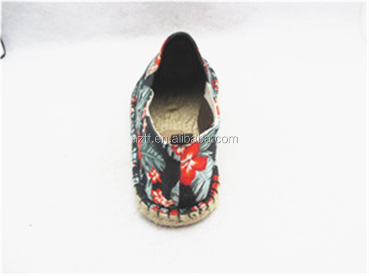 HIgh quality wholesale canvas men's shoes in china