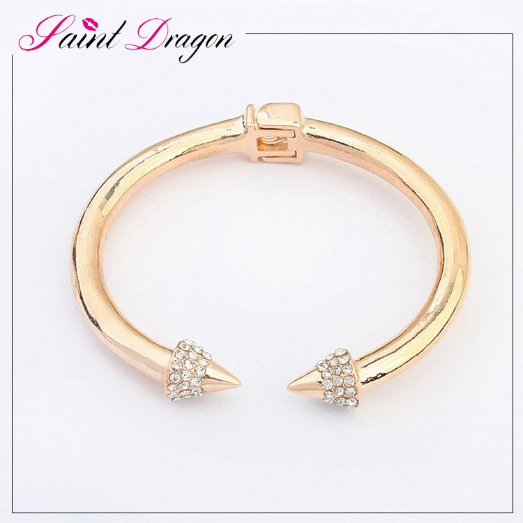 Hot selling alloy gold plated bangle fahion brand nail end bangle with Rhinestone