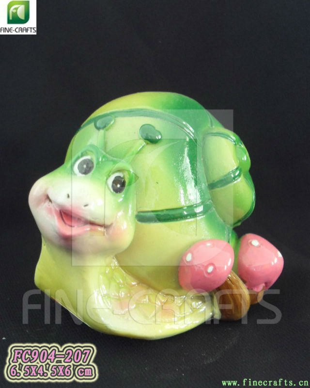 Polyresin snail fish tank ornament