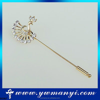 Hot new products for vintage hijab pins wholesale pecock brooch fashion long hijab pins B0367