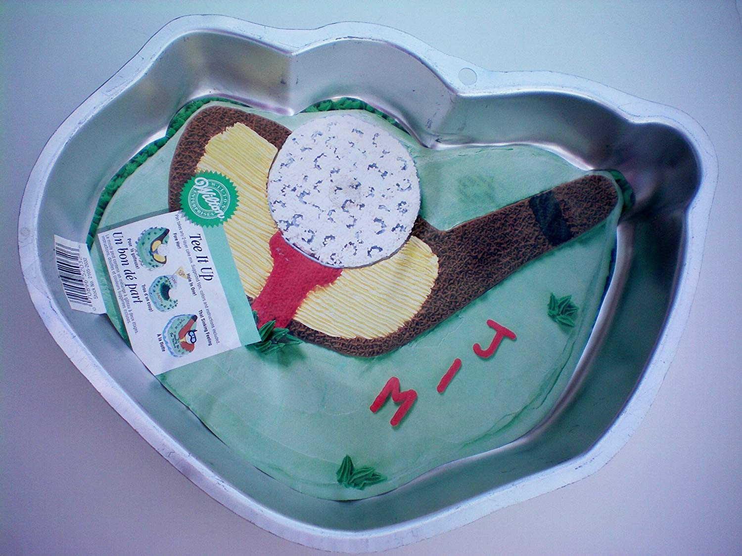 Wilton Tee It Up or Golf Club and Ball Cake Pan -- Make it a Hole in One!!! as shown Make it a hole in one with this!!!
