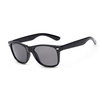 2018 fashion sun glasses UV400 Promotional plastic cheap sunglasses