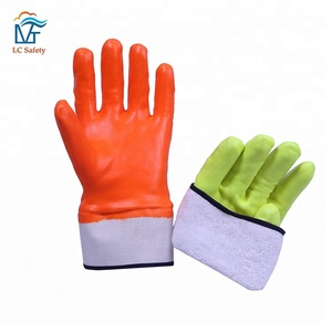 Winter Safety Cuff Neon Colored Nitrile Foam Gloves