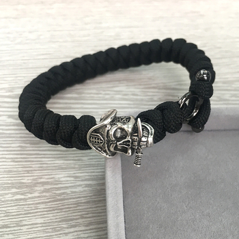 Cheap Price Black Braided Paracord Bracelet with Pirate Skull Head Beads for Men