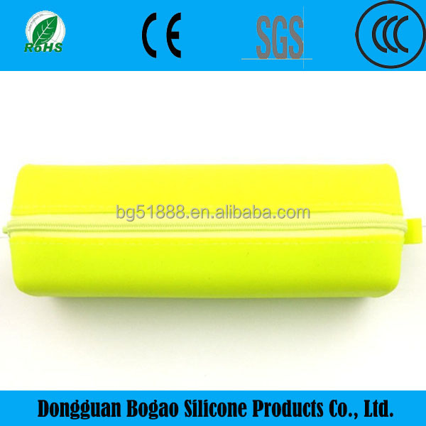 Promotional gift silicone rubber pencil case for kids teenage school bags