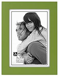 Malden International Designs Linear Classic Wood Picture Frame, Holds 5x7 Picture, Green by Malden International Designs