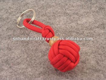 how to make a 2 color paracord keychain