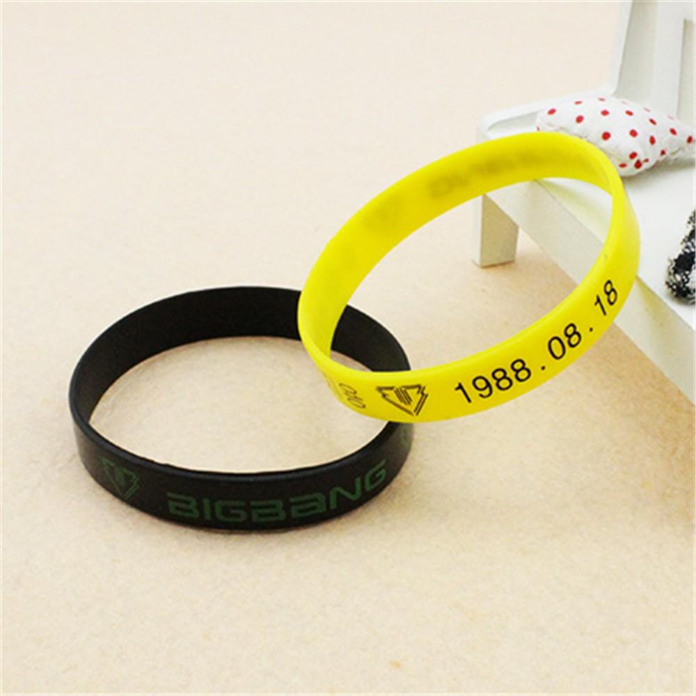 Bracelets & Bangles Charm Bracelets The Cheapest Price Wholesale Kpop Exo Exo-k Exo-m Xoxo Jelly Men Or Women Bracelet Perfect In Workmanship