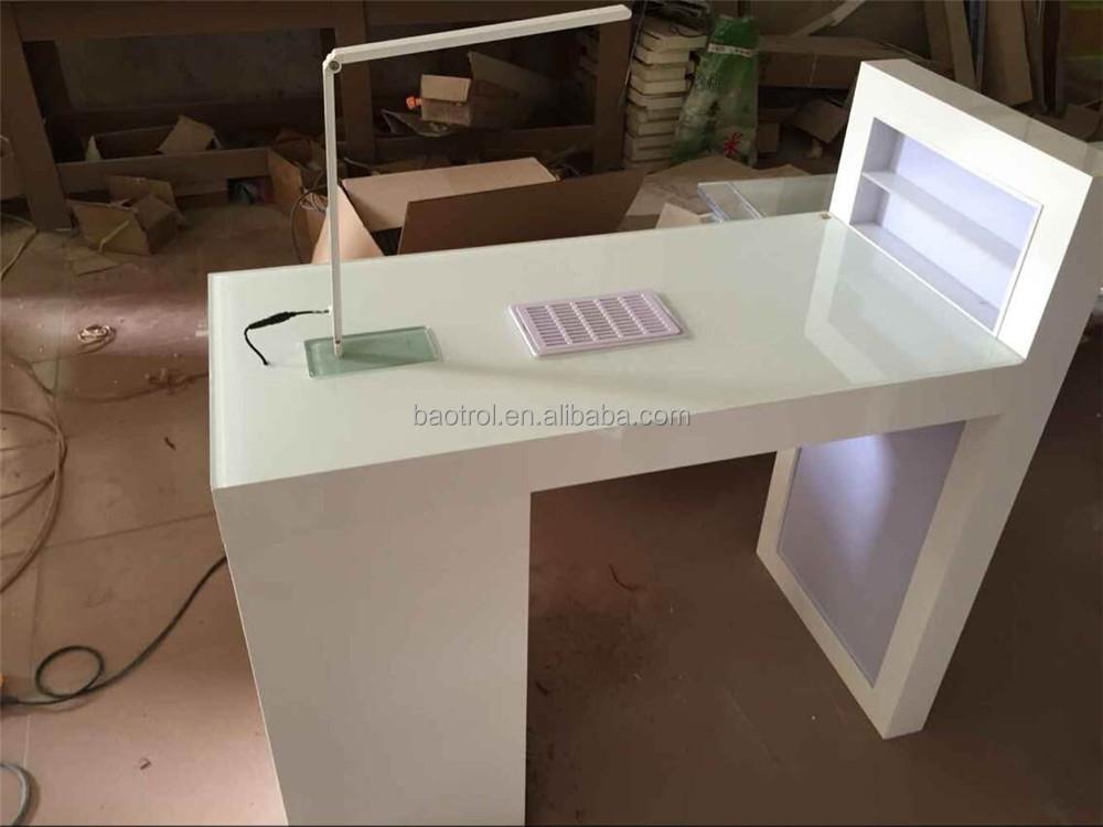 Luxe moderne droger manicure nagel tafel nagel tafels for Sillas para manicure