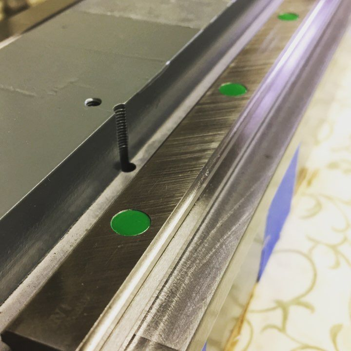 High quality Hiwin linear guide rail HIWIN HGR20 for sale