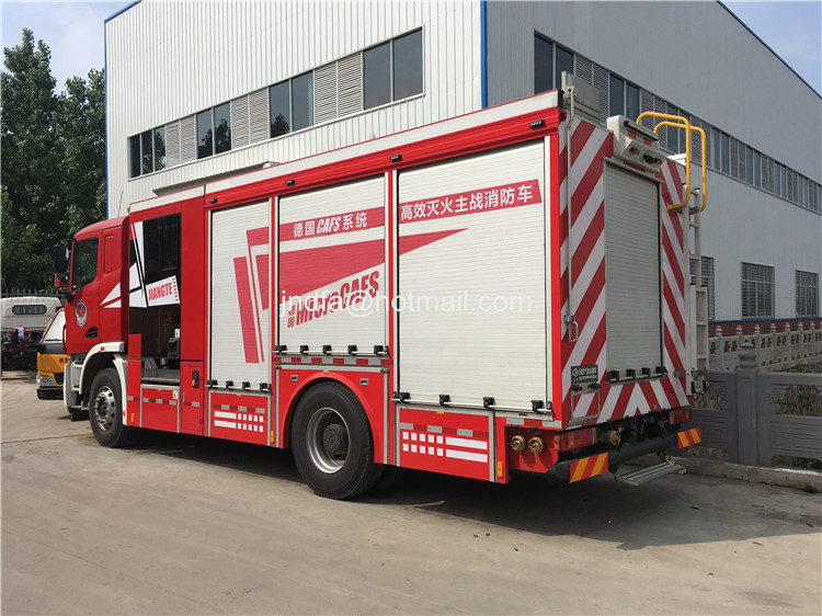 CAFS 380hp 5600 wheelbase compressed air foam firefighter truck