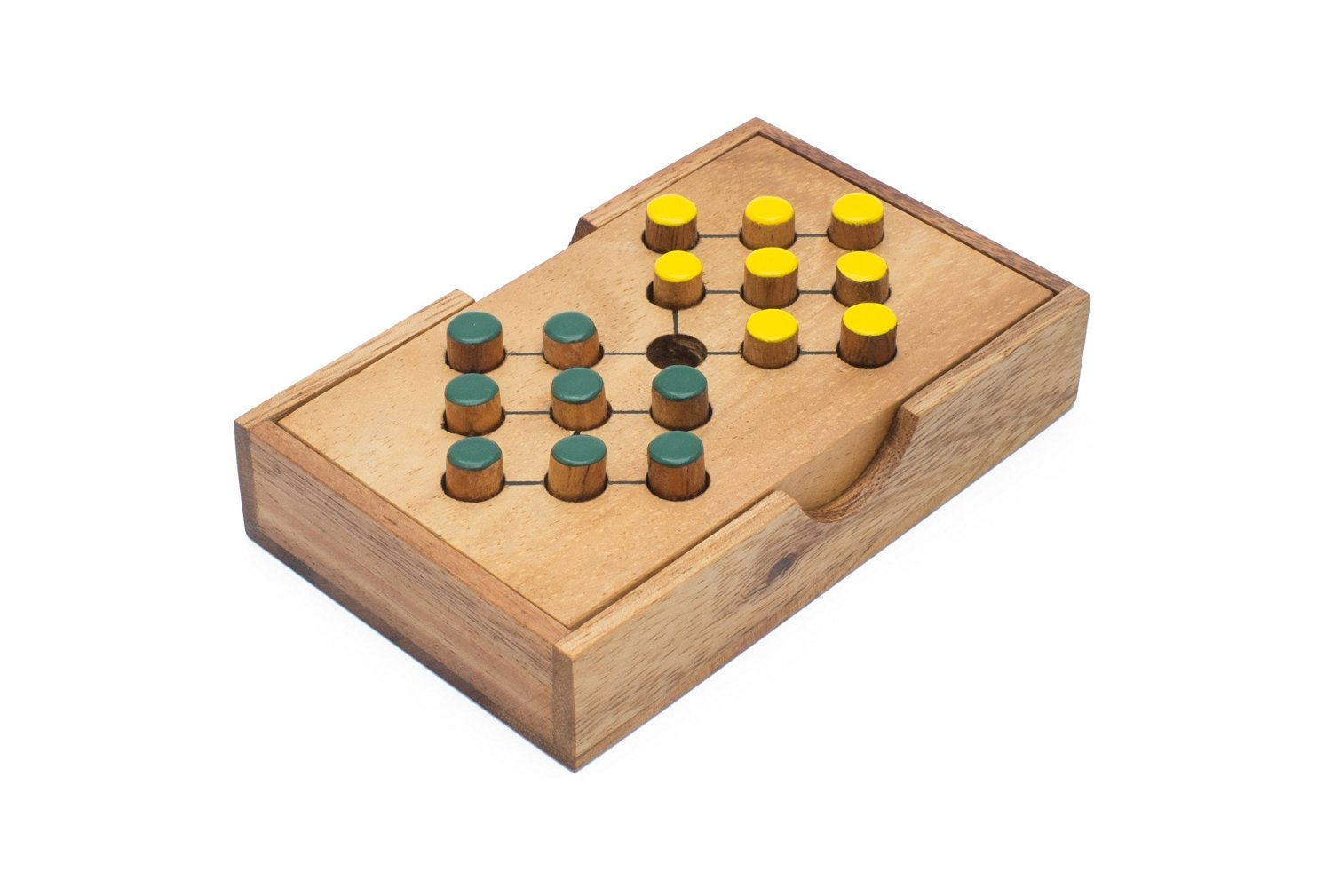 SiamMandalay: Battlefield - A Traditional Game of Classic Solitaire Wooden Peg Game