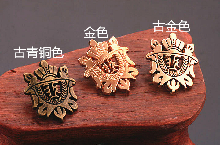 Profesional Custom metal pin badge with your own design from Factory