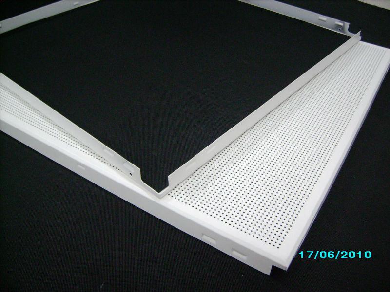 T 244 Le D Aluminium Usg Celotex Acoustique Perfor 233 Suspendu